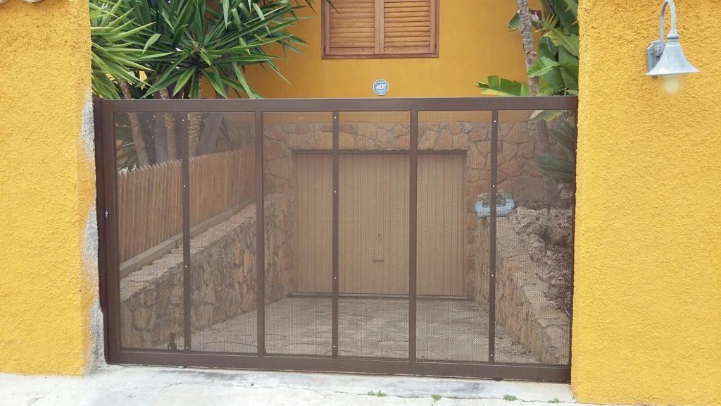 puerta-entrada-adosado
