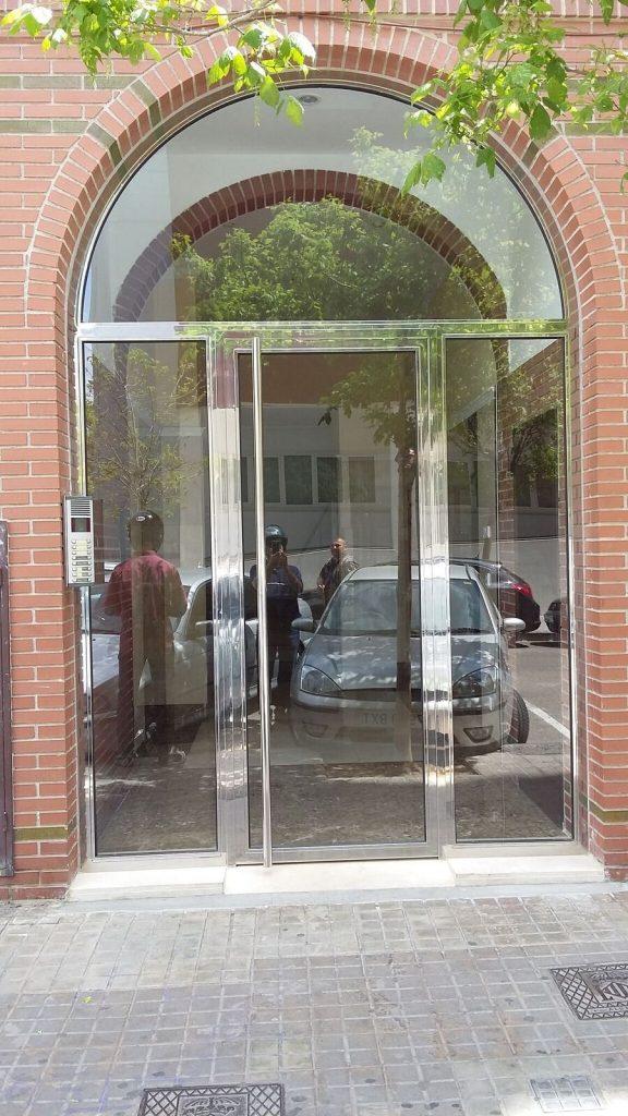 puerta-patio-curvada